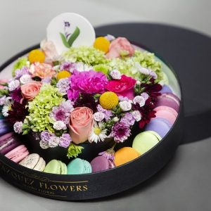 Flowers and Macarons