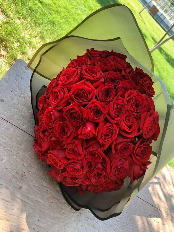 Ramo 50 rosas(2)