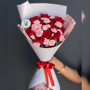 Ramo de Rosas y Clavel #014