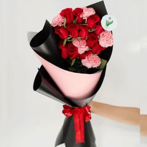 Ramo 12 Rosas y Clavel