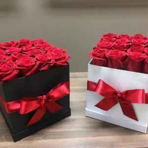 Caja con 16 Rosas Rojas