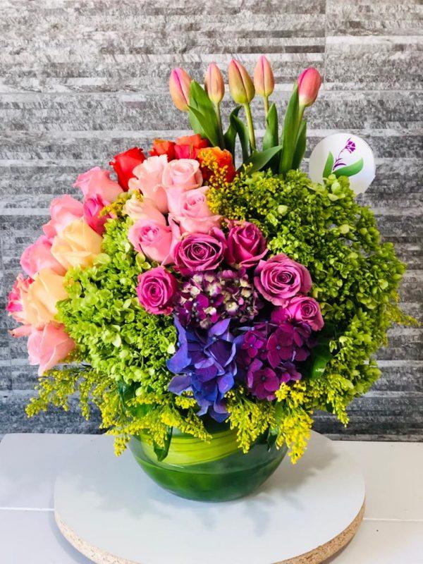 Esfera con Rosas Orquideas y Tulipanes
